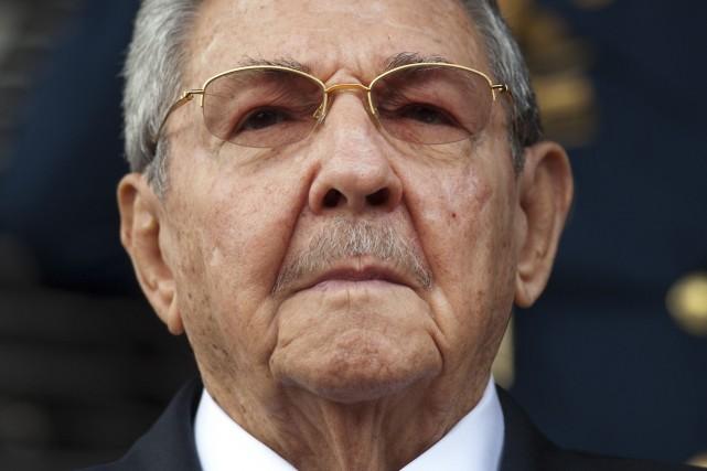 Le président cubainRaùl Castro... (PHOTO Ariana Cubillos, ARCHIVES AP)