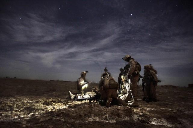 La loi empêcherait le Pentagone de démobiliser ou... (PHOTO PATRICK BAZ, ARCHIVES AFP)