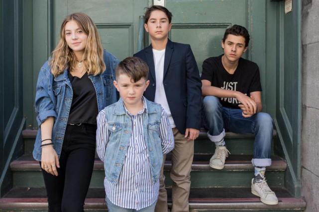 Quatre jeunes acteurs font revivre la crise d'Octobre... (PHOTO EDOUARD PLANTE-FRéCHETTE,LA PRESSE)