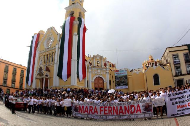 Des milliers de femmes ont défilé à Mexico... (PHOTO AFP)
