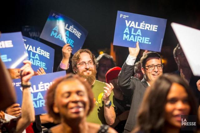 Près de 200 membres se sont rassemblésau cabaret... (PHOTO OLIVIER JEAN, LA PRESSE)