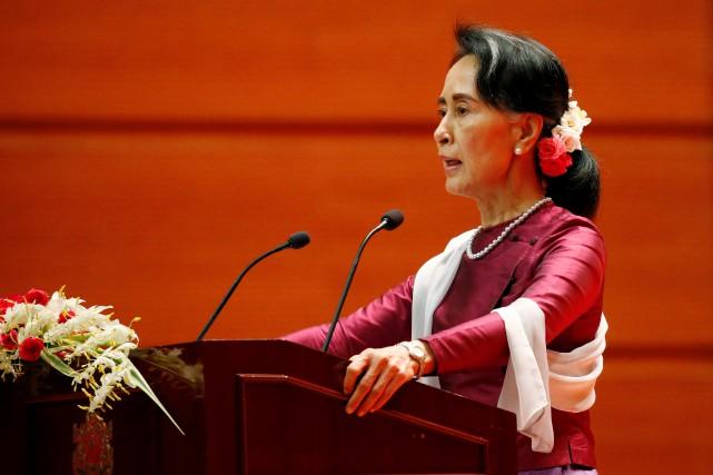 Aung San Suu Kyi a livré mardi matin... (PHOTO REUTERS)