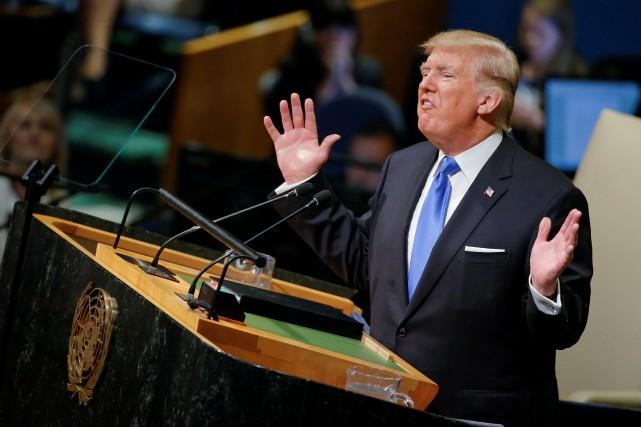 Le président américain s'est servi de son premier... (REUTERS)