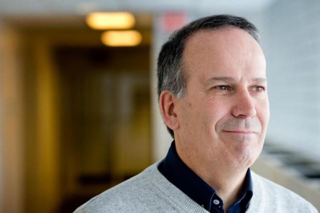 Robert Gagné, professeur à HEC Montréal et directeur... (photo marco campanozzi, la presse)