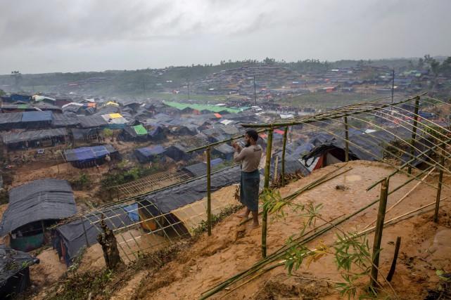 Plus de 420 000 musulmans rohingyas se sont... (PHOTO Dar Yasin, AP)