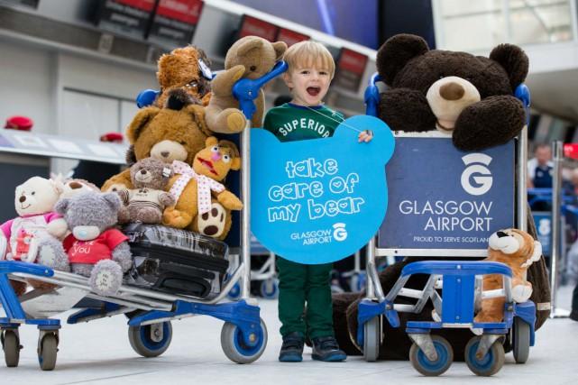 Des centaines d'ours en peluche sont perdus par leurs jeunes propriétaires... (Photo tirée du site web de l'aéroport)