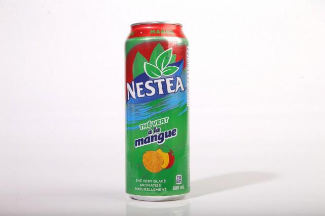 Thé vert glacé à la mangue,1,69$ pour 695ml... (Photo Martin Chamberland, La Presse)