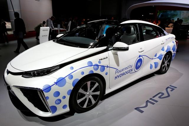 La Toyota Mirai, une voiture à hydrogène, au... (Photo : REUTERS)