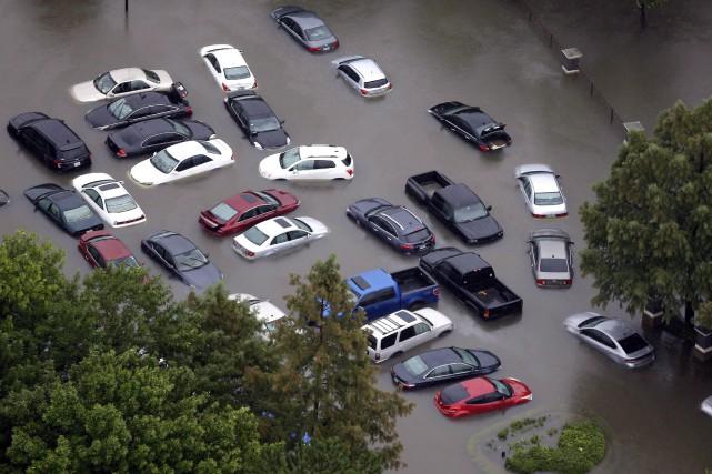 Les agences préviennent que certains véhicules s'étant trouvés... (PHOTO David J. Phillip, ARCHIVES AP)