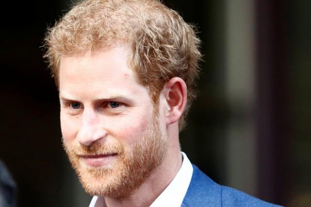Le prince Harry est arrivé vendredi à Toronto... (PHOTO REUTERS)