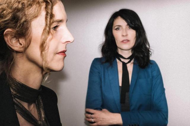 L'écrivaine Delphine de Vigan et l'auteure-compositrice-interprète La Grande... (PHOTO FOURNIE PAR LE FIL)