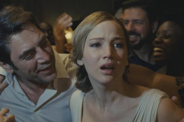 Javier Bardem et Jennifer Lawrence dans mother !... (Photo fournie par Paramount Pictures)