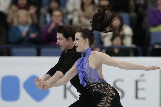 Scott Moir et Tessa Virtue... (PHOTO ARCHIVES AP)