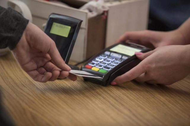 Les paiements électroniques devraient représenter près de 726milliards de... (Photo fournie par le Conseil canadien du commerce de détail)
