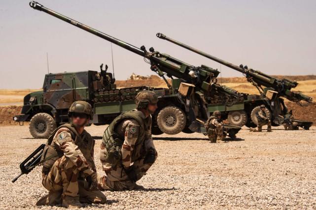 Le parachutiste était membredes forces spéciales françaises.... (PHOTO ARCHIVES AFP)