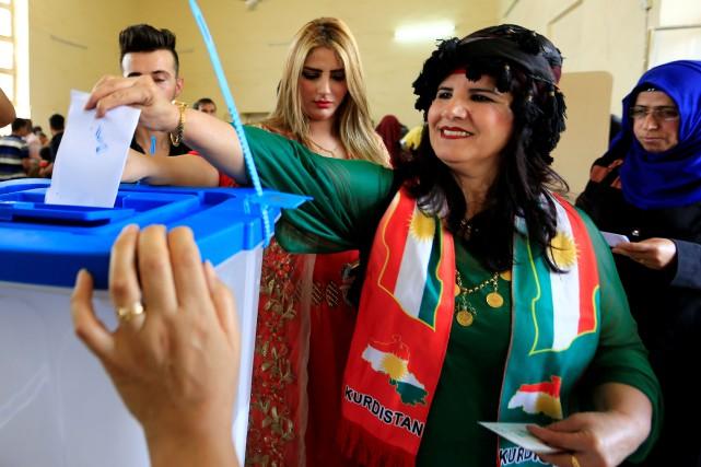 Au total, 12 072 bureaux de vote ont... (PHOTO REUTERS)