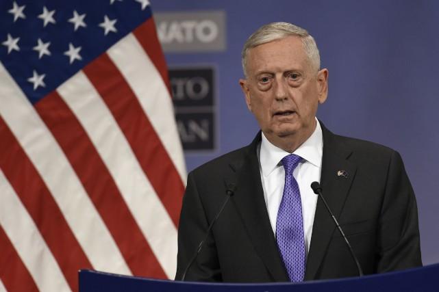 Le secrétaire américain à la Défense Jim Mattis... (AFP)