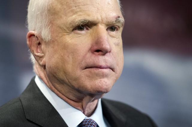 John McCain a été opéré pour une tumeur... (AP)