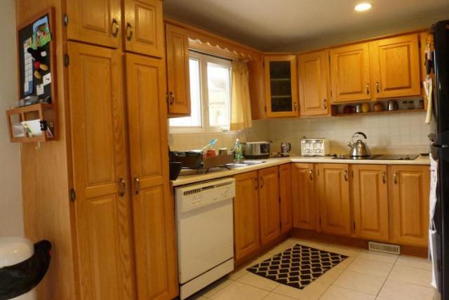 La cuisine telle qu'elle était avant la pose... (Photo fournie par Catherine Routier)