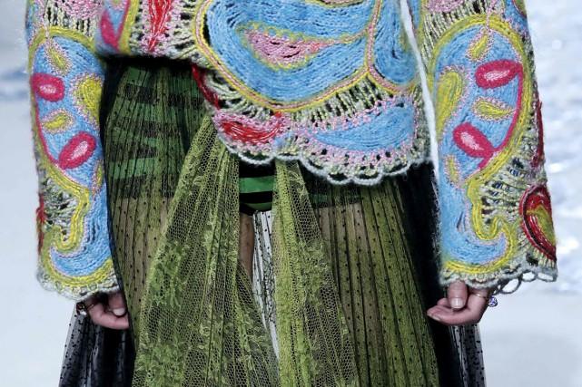 Une création Dior inspirée de Niki de Saint... (PHOTO AFP)