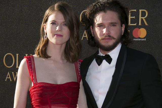 Le couple sur le tapis rouge des Laurence... (PHOTO ARCHIVES AP)