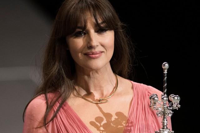 Monica Bellucci a reçu mercredi le prix Donostia... (PHOTO AFP)