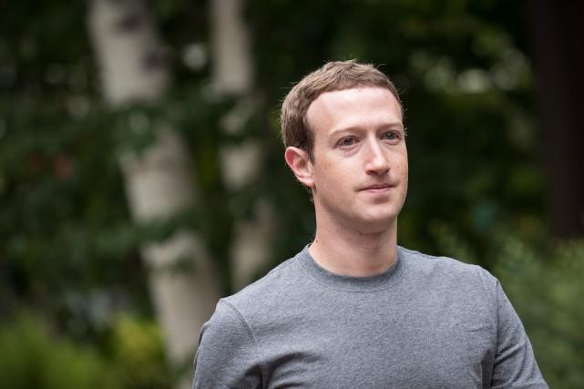 Le patron de Facebook Mark Zuckerberg... (PHOTO ARCHIVES AFP/GETTY IMAGES)