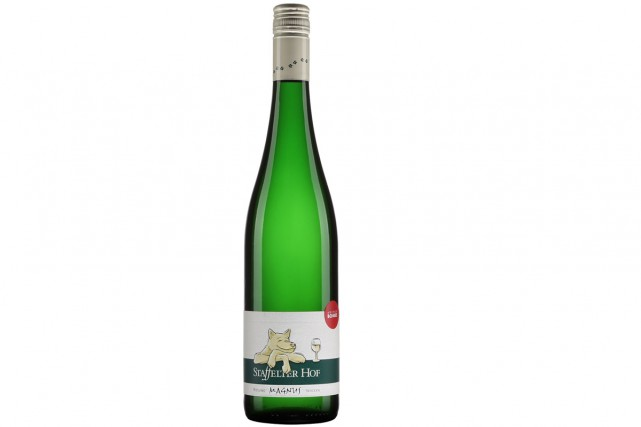 Staffelter Hof Magnus Riesling 2015, 20,95 $... (Photo fournie par la SAQ)