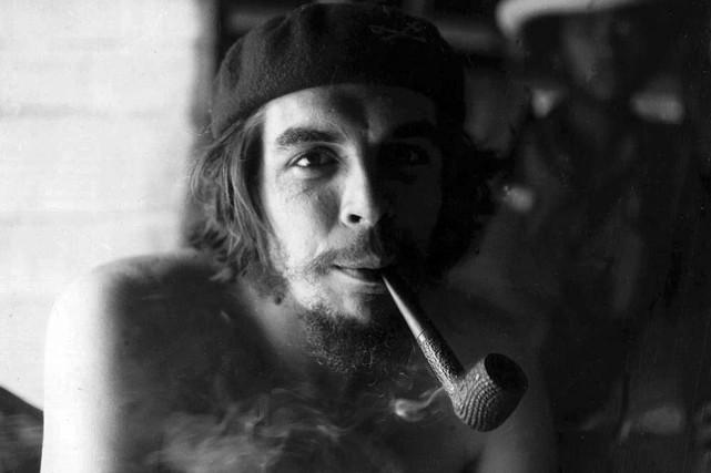 Che Guevara en1958.... (ARCHIVES AFP)