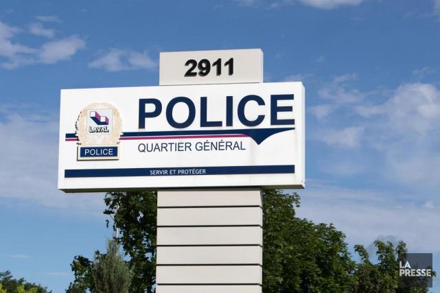 La police de Laval enquête sur des liens... (photo robert skinner, archives la presse)