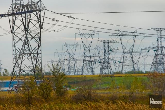 L'utilisation du réseau de distribution d'Hydro-Québec existant permettrait... (PHOTO Martin Chamberland, ARCHIVES La Presse)