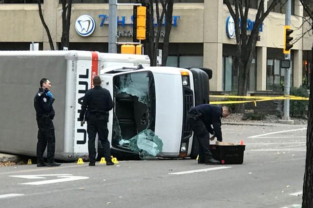 Le suspect a fait cinq blessés - dont... (PHOTO REUTERS)