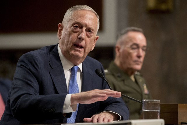 James Mattis s'est exprimé mardi devant la Commission... (PHOTO AP)