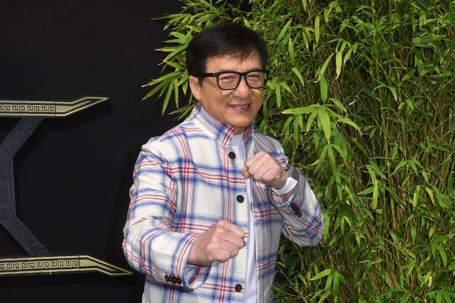 Jackie Chan affronte des terroristes dans son nouveau... (PHOTO AFP)