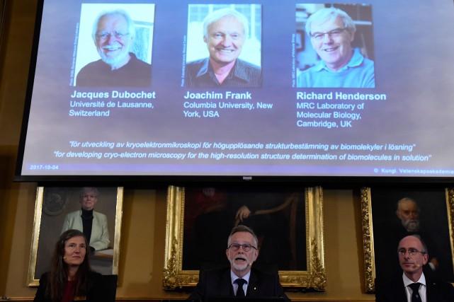Les gagnants sont Jacques Dubochet, de Suisse, Joachim... (Photo Jonathan Nackstrand, Agence France-Presse)