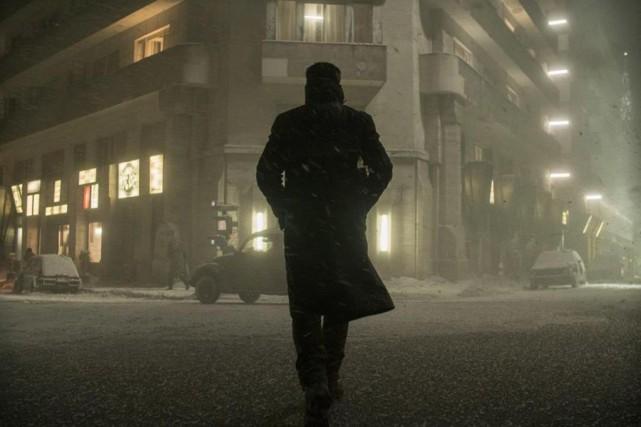 Ryan Gosling dans Blade Runner 2049... (Photo tirée du site IMDB)