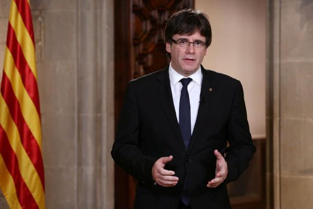 Le président catalan Carles Puigdemont... (PHOTO REUTERS/GOUVERNEMENT CATALAN)