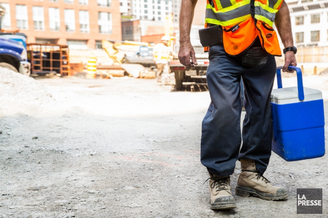 Pour les travailleurs de la construction, l'alimentation est primordiale: ils... (Photo Hugo-Sébastien Aubert, La Presse)
