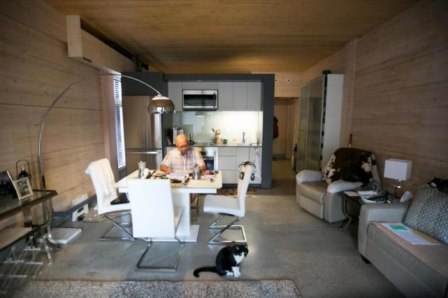 Grâce aumodule Move Home, Jean-Guy Talbot peut agrandir... (PHOTO FRANÇOIS ROY, LA PRESSE)