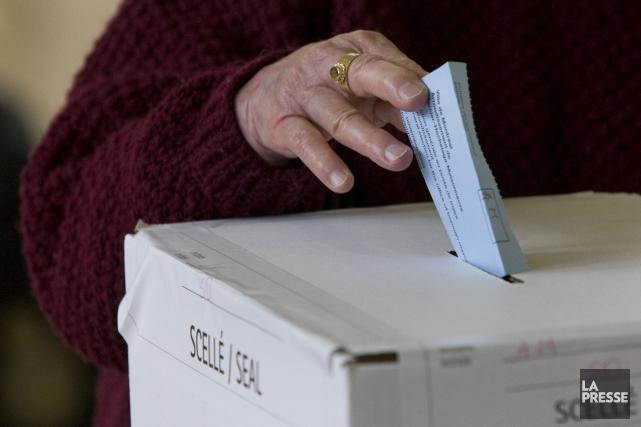 La course vers les élections municipales du 5 novembre 2017 est définitivement... (Photo Robert Skinner, archives La Presse)