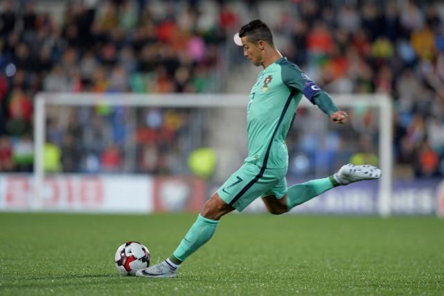 Cristiano Ronaldo... (PHOTO Vincent West, REUTERS)