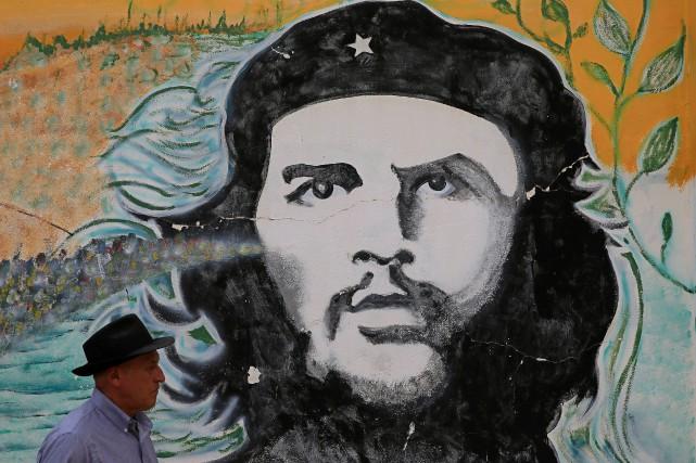Cuba a fustigé dimanche «l'impérialisme» américain en rendant hommage à la... (Photo David Mercado, REUTERS)