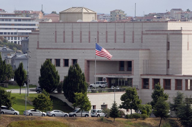Après l'inculpation pour «espionnage» d'un employé turc du... (ARCHIVES AP)