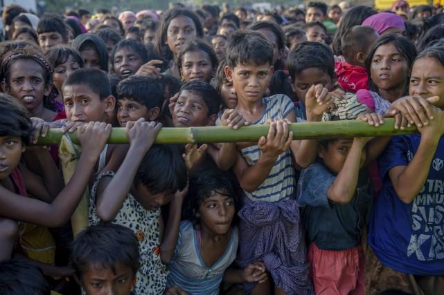 Plus d'un demi-million de musulmans rohingya sont arrivés... (AP)