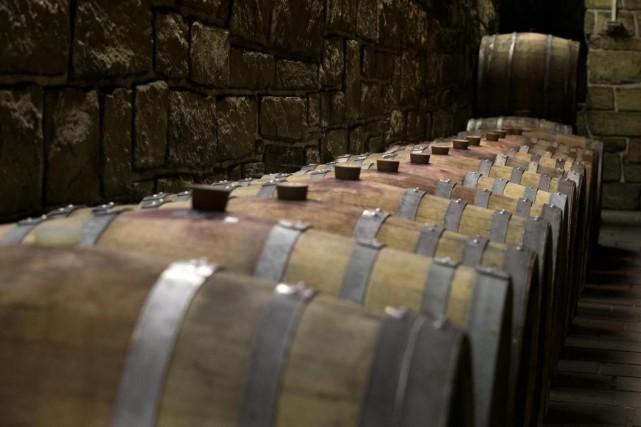 Le bois peut influencer le caractère du vin... (Photo Robert Skinner, La Presse)