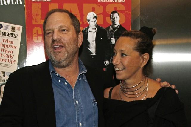 Harvey Weinstein et Donna Karan à New York... (ARCHIVES AP)