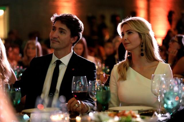 Justin Trudeau était assis à côté de la... (PHOTO REUTERS)