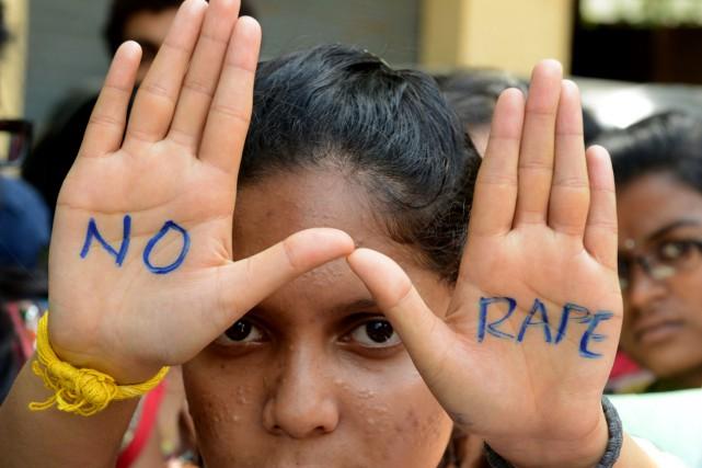 En Inde, de nombreux parents marient leurs enfants... (AFP)