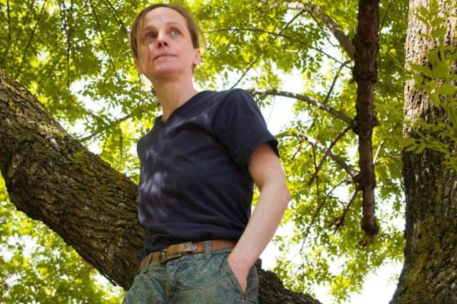 La poète Hélène Monette, photographiée en 2004... (Photo Martin Tremblay, Archives La Presse)