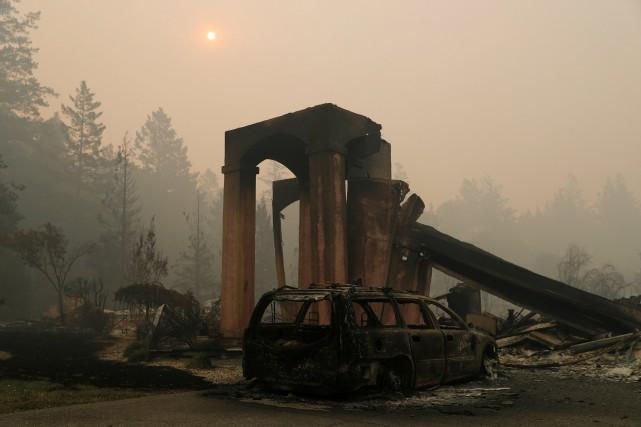L'incendie baptisé «Tubbs», qui sévit près de la... (PHOTO REUTERS)
